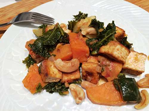 Curry de patates douces, courgettes et chou kale